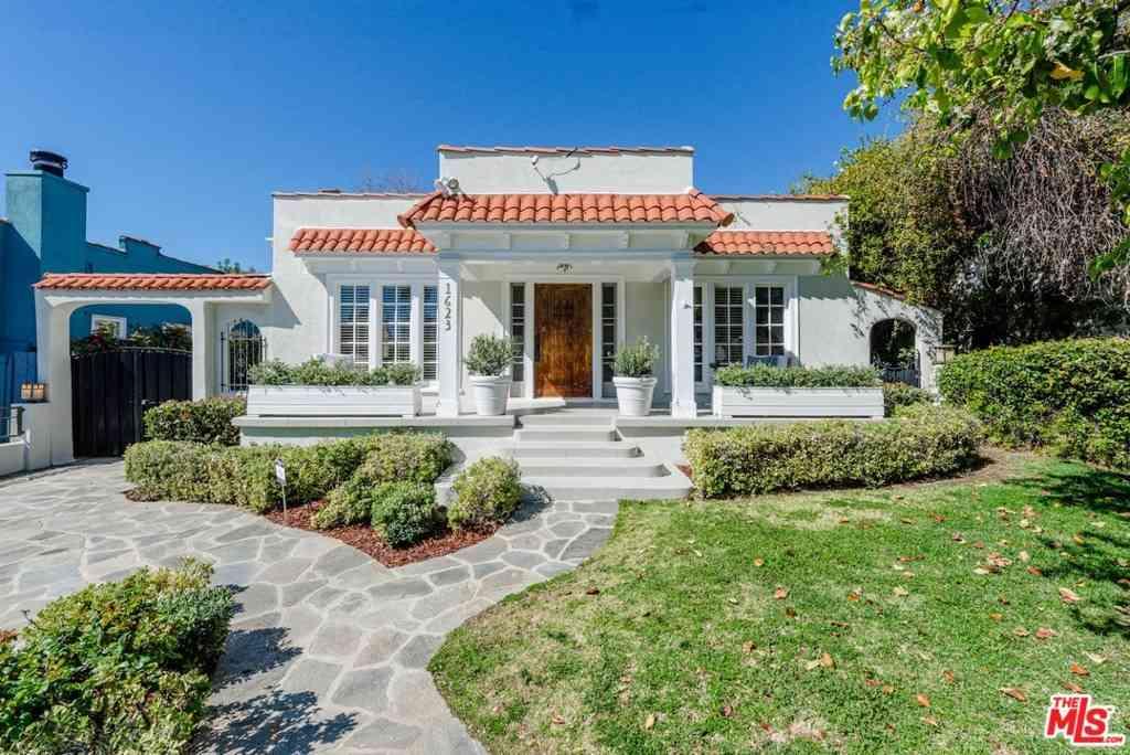 1623 Courtney Avenue, Los Angeles, CA, 90046,