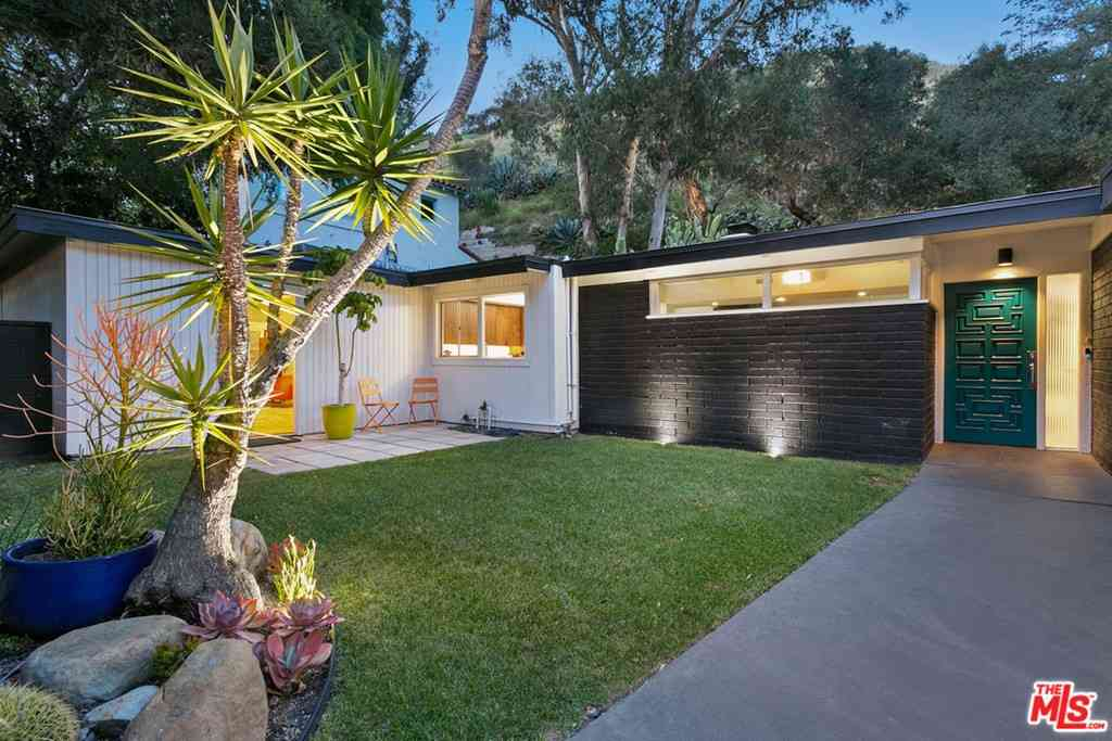 1734 Benedict Canyon Drive, Beverly Hills, CA, 90210,