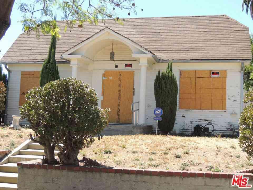 1557 S Ogden Drive, Los Angeles, CA, 90019,