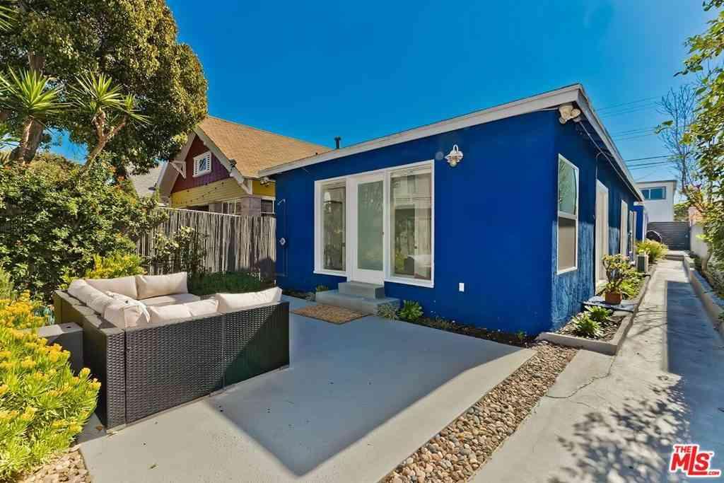30 23Rd Avenue, Venice, CA, 90291,