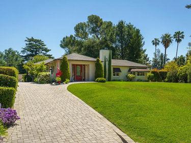 2040 Midlothian Drive, Altadena, CA, 91001,