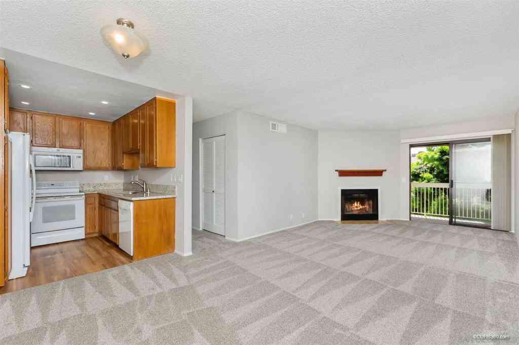 4262 Parks Ave #201, La Mesa, CA, 91941,