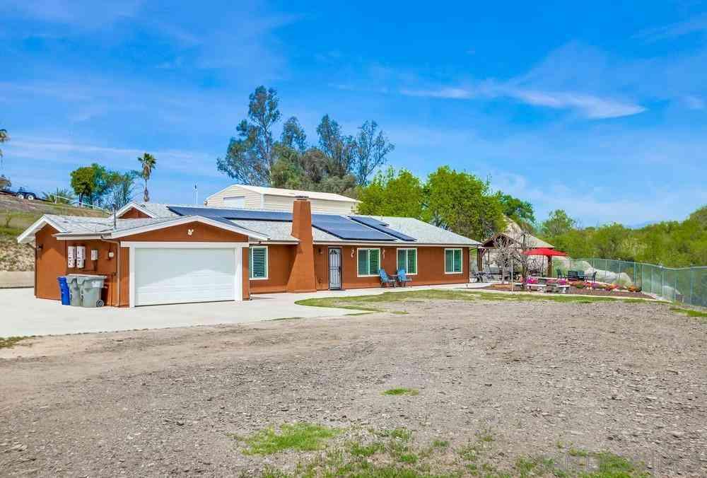 319 Sawday Rd, Ramona, CA, 92065,