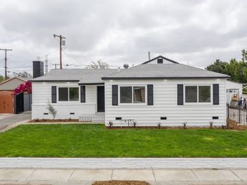 8134 Alcove Avenue, North Hollywood, CA, 91605,