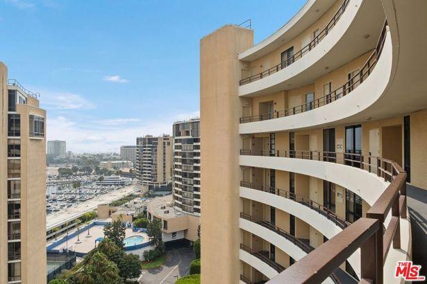 4337 Marina City #1135