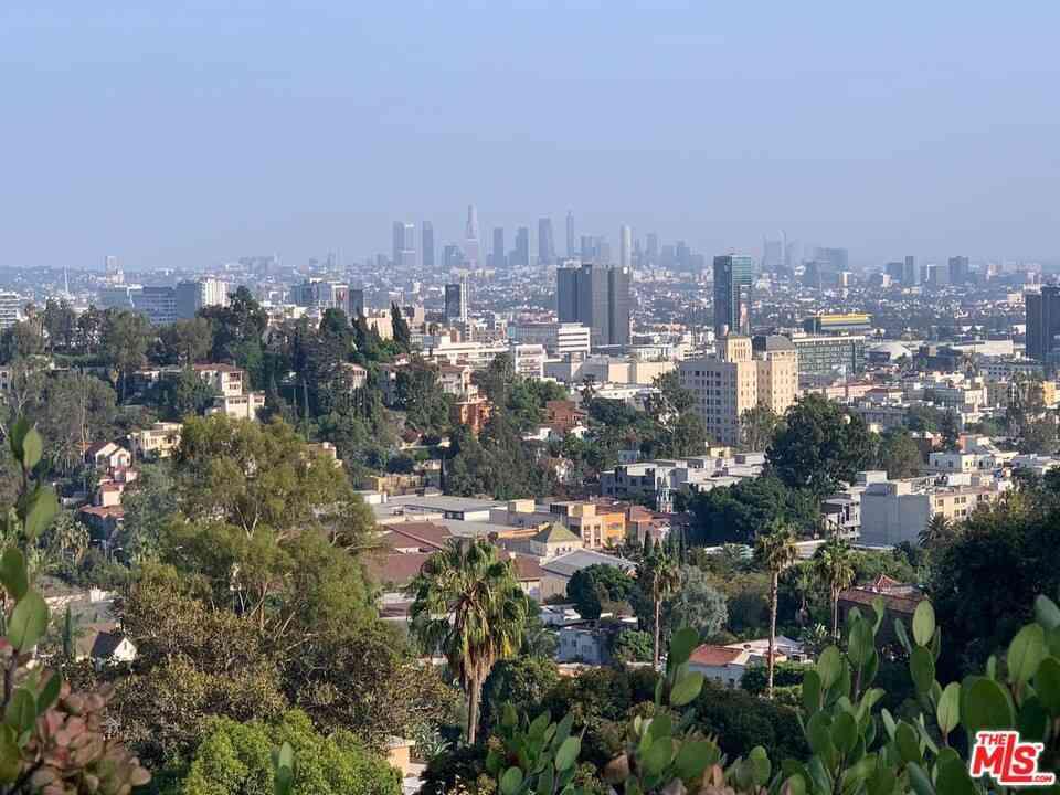 6993 La Presa Drive, Los Angeles, CA, 90068,