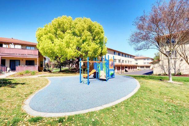419 Kenbrook Circle