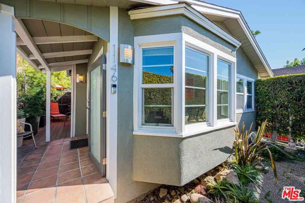 1146 N Genesee Avenue, West Hollywood, CA, 90046,
