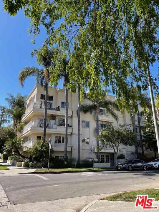 435 Arnaz Drive #202, Los Angeles, CA, 90048,