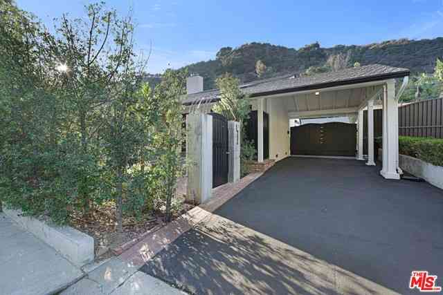 1609 Roscomare Road, Los Angeles, CA, 90077,