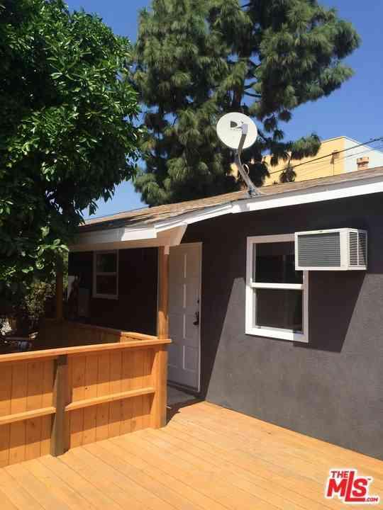 2835 Hyans Street, Los Angeles, CA, 90026,