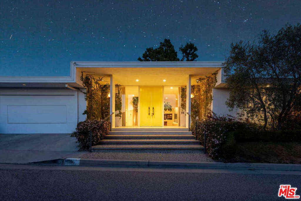 916 Linda Flora Drive, Los Angeles, CA, 90049,