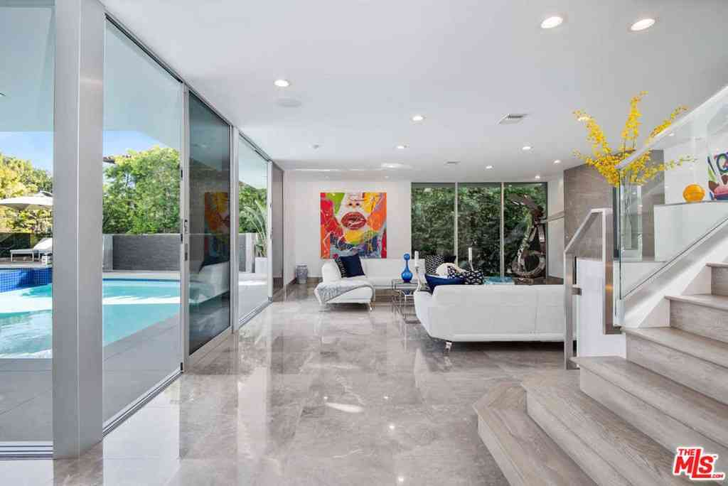1250 ANGELO Drive, Beverly Hills, CA, 90210,