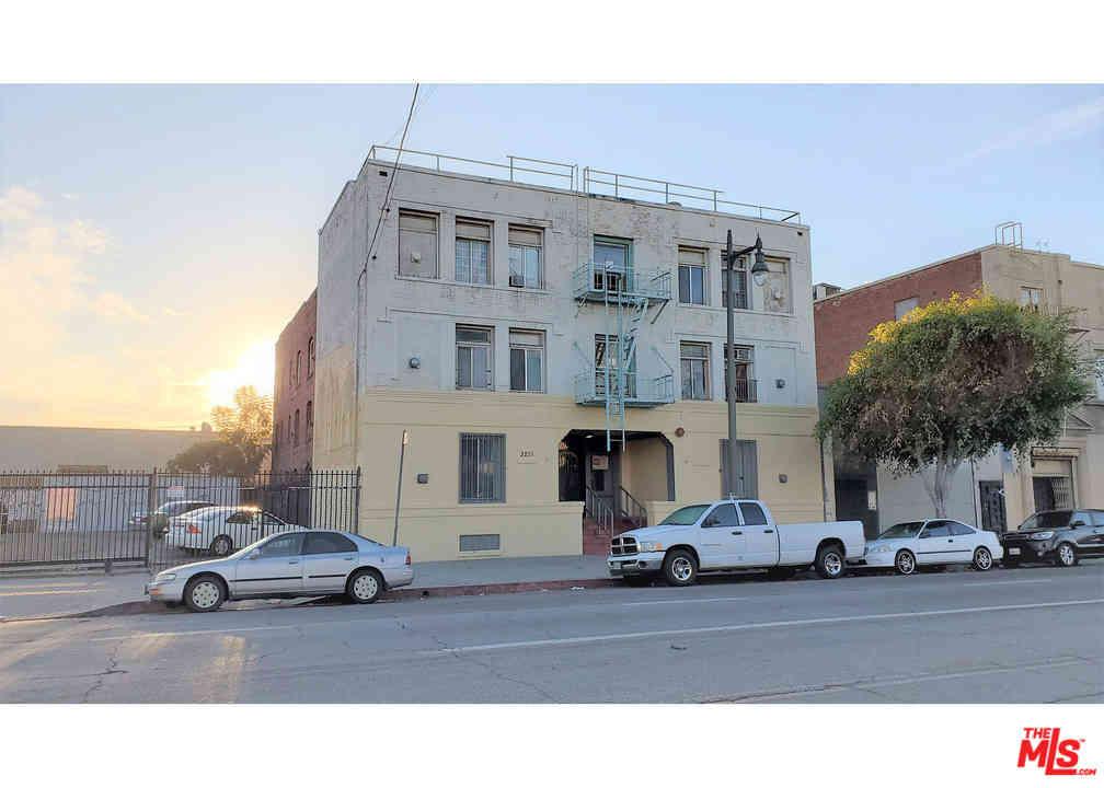 3212 S Main Street, Los Angeles, CA, 90007,
