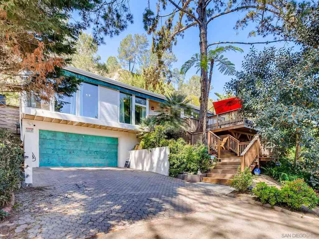 1490 Oribia Street, Del Mar, CA, 92014,