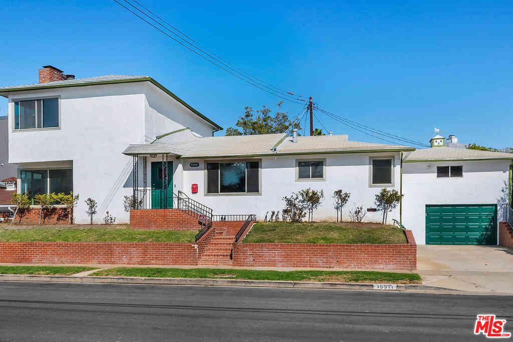 15511 Earlham Street, Pacific Palisades, CA, 90272,