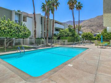 261 E La Verne Way #Q, Palm Springs, CA, 92264,