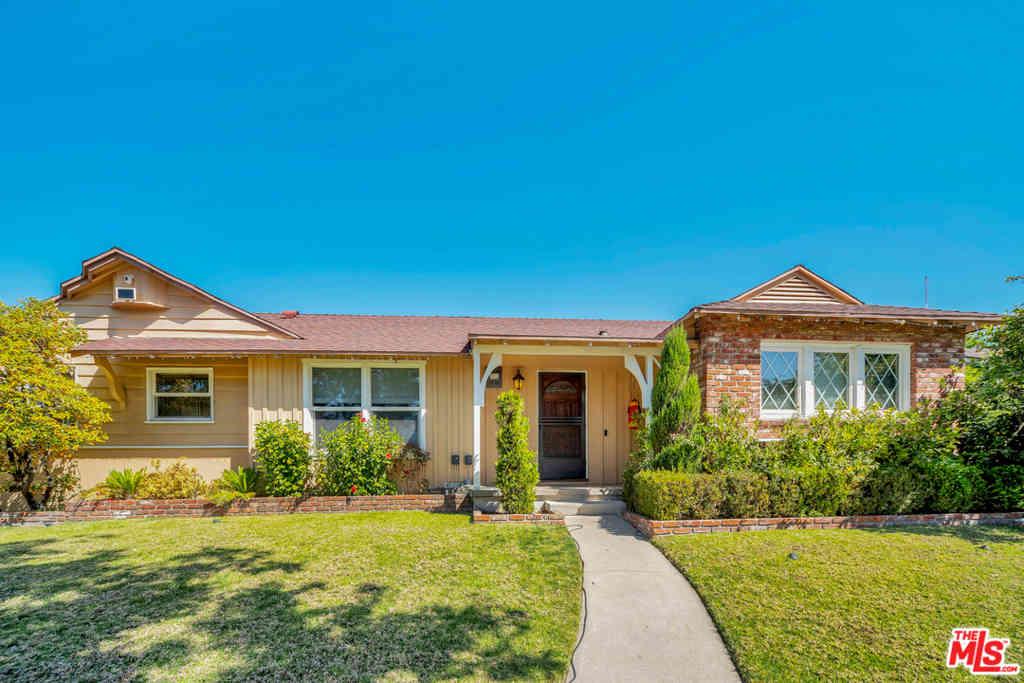 12829 Martha Street, Valley Village, CA, 91607,