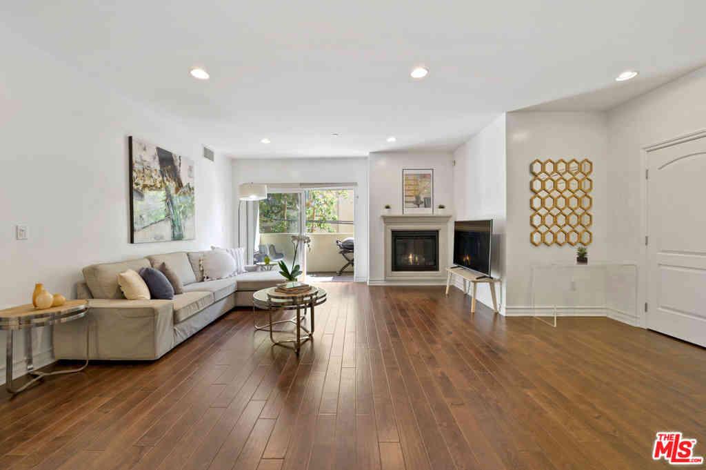 1726 S Bentley Avenue #203, Los Angeles, CA, 90025,