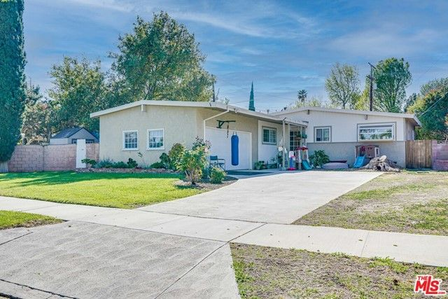 16534 Superior Street Northridge, CA, 91343