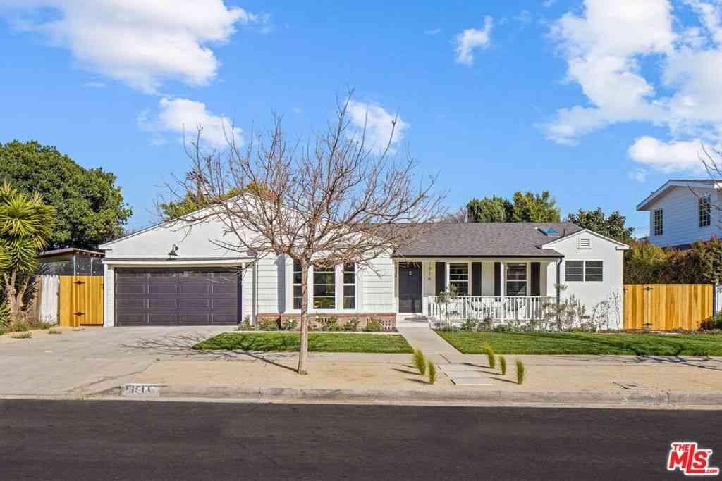 1514 S Oakhurst Drive, Los Angeles, CA, 90035,