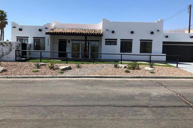 54525 Avenida Obregon
