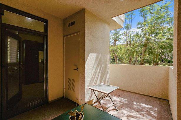 870 E Palm Canyon Drive #201