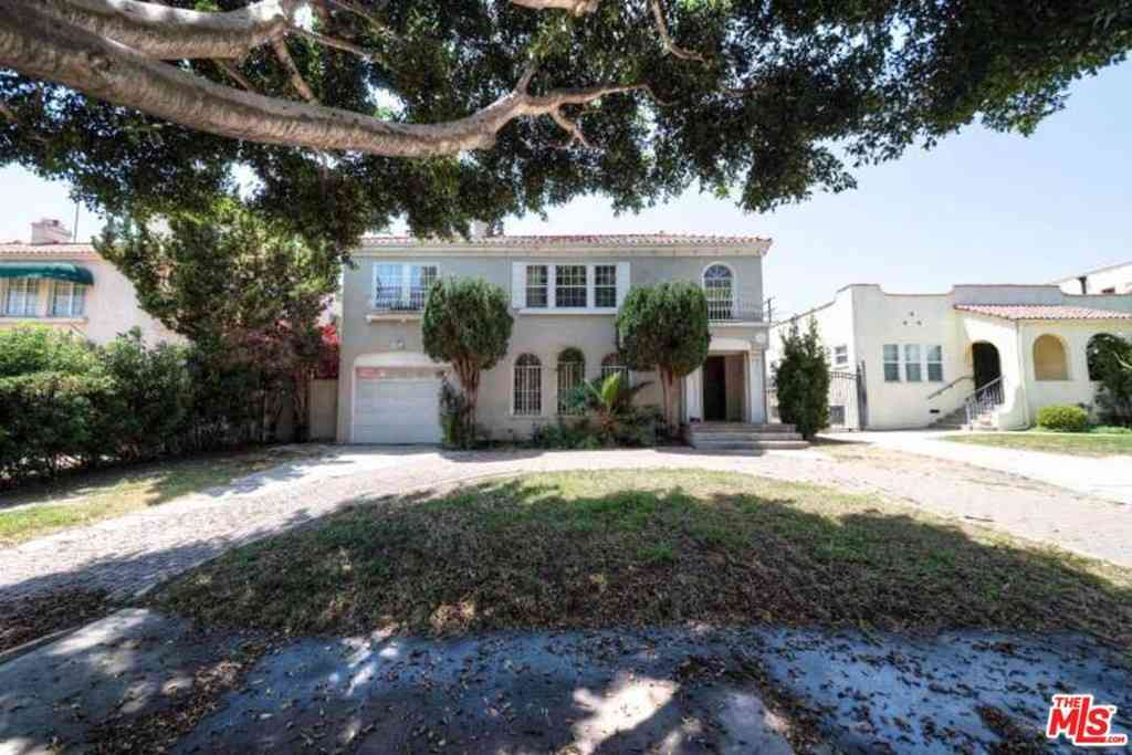 611 N BEACHWOOD Drive, Los Angeles, CA, 90004,