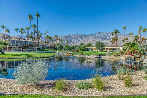 12 Desert Lakes Drive