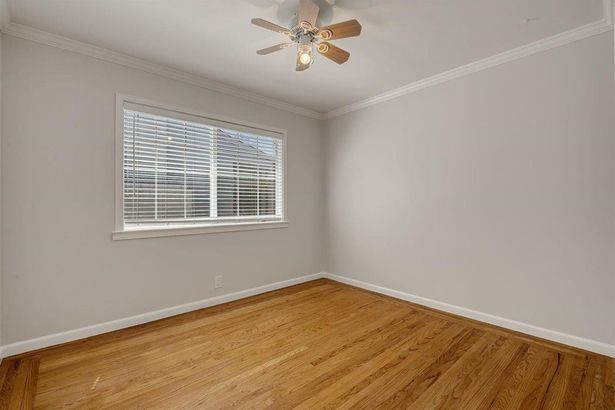 684 Redwood Avenue