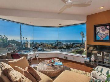 4466 Del Mar Ave., San Diego, CA, 92107,