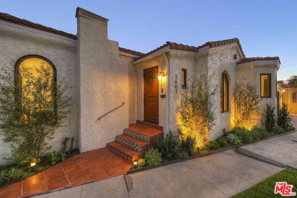 1601 S CURSON Avenue, Los Angeles, CA, 90019,
