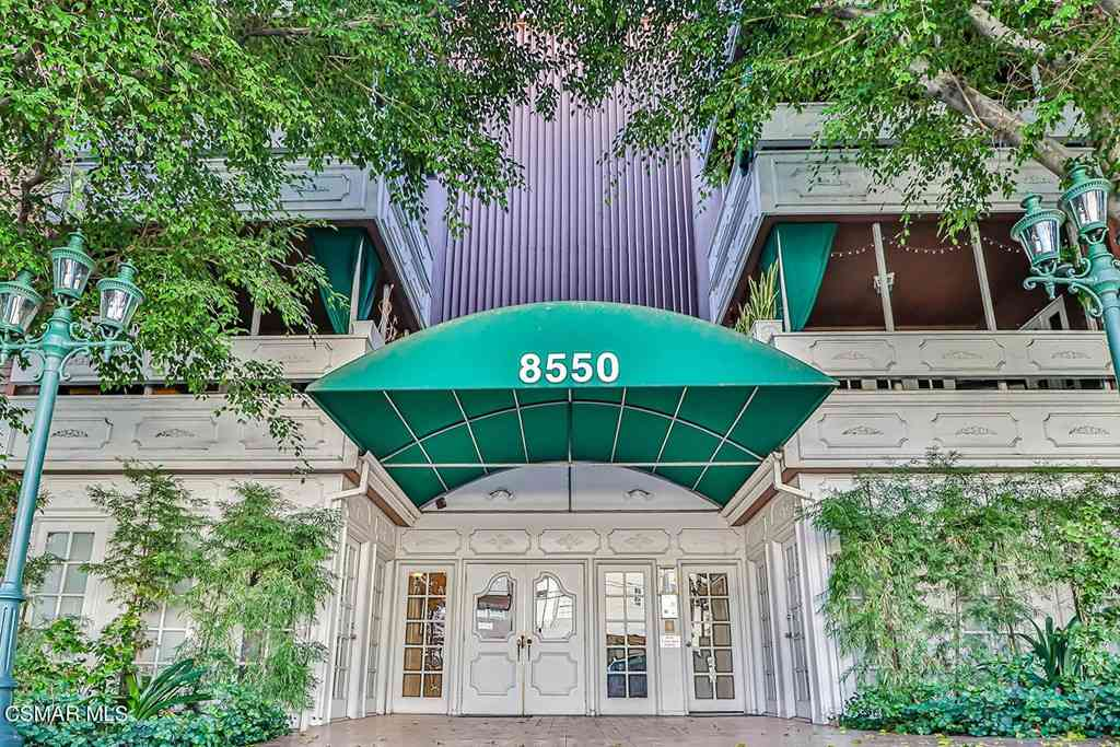 8550 Holloway Drive #105, West Hollywood, CA, 90069,
