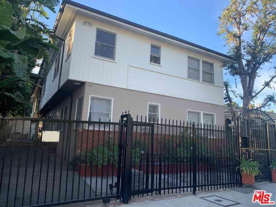 1159 N Genesee Avenue, West Hollywood, CA, 90046,