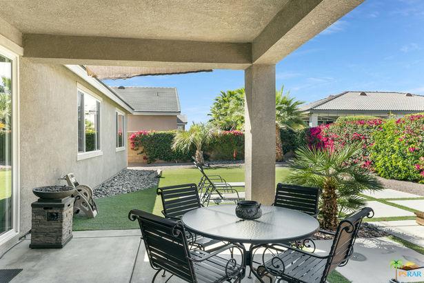 81864 Villa Giardino Drive