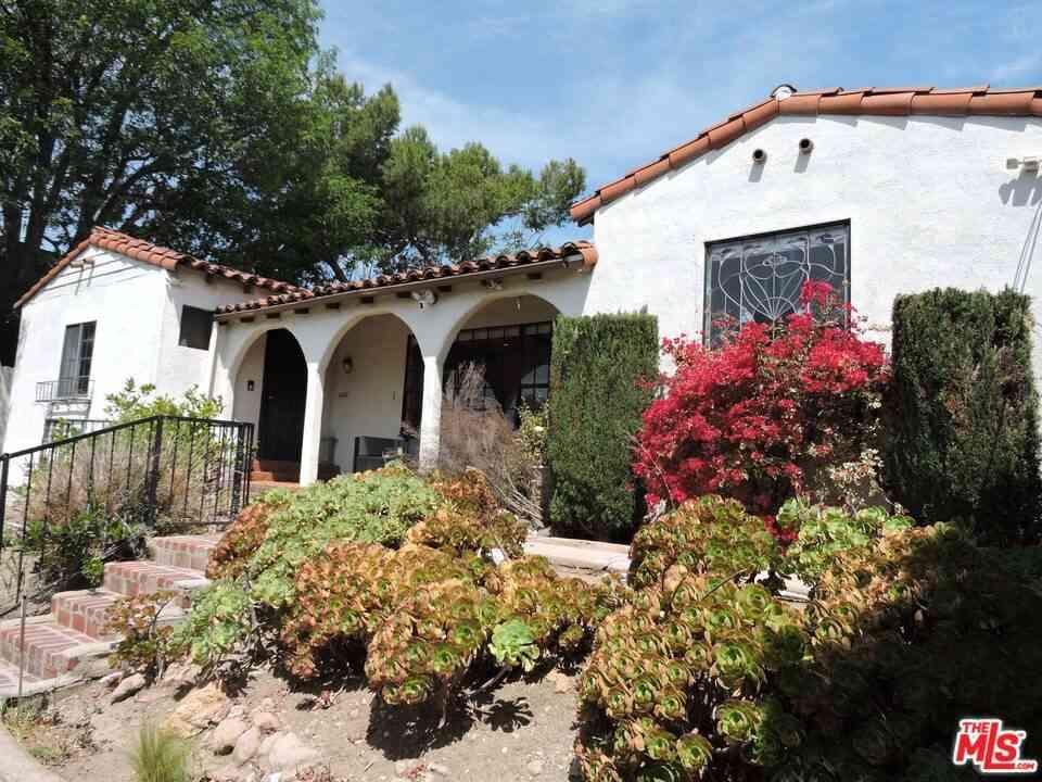 2616 Lake View Avenue, Los Angeles, CA, 90039,