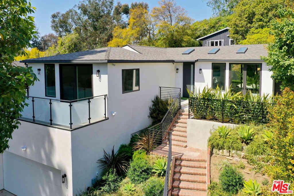 10329 Walavista Road, Los Angeles, CA, 90064,