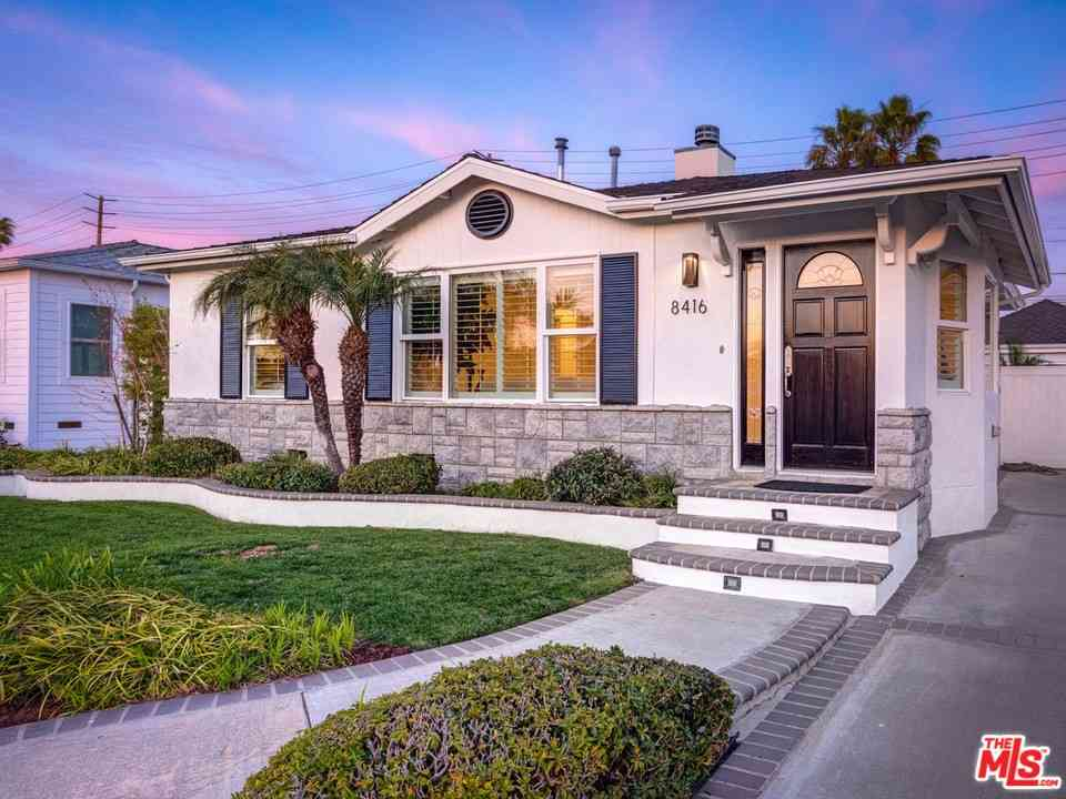 8416 Alverstone Avenue, Los Angeles, CA, 90045,