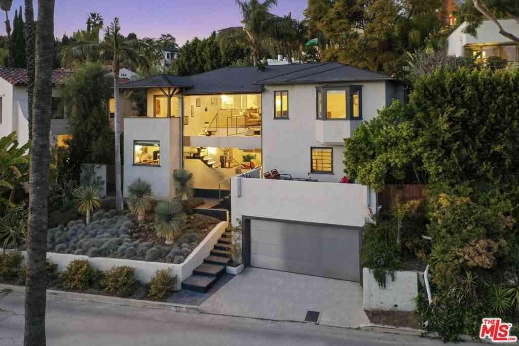 4237 Los Nietos Drive, Los Angeles, CA, 90027,