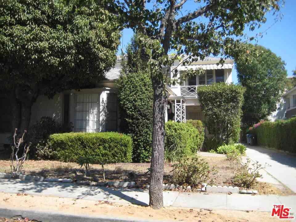 1330 N McCadden Place, Los Angeles, CA, 90028,