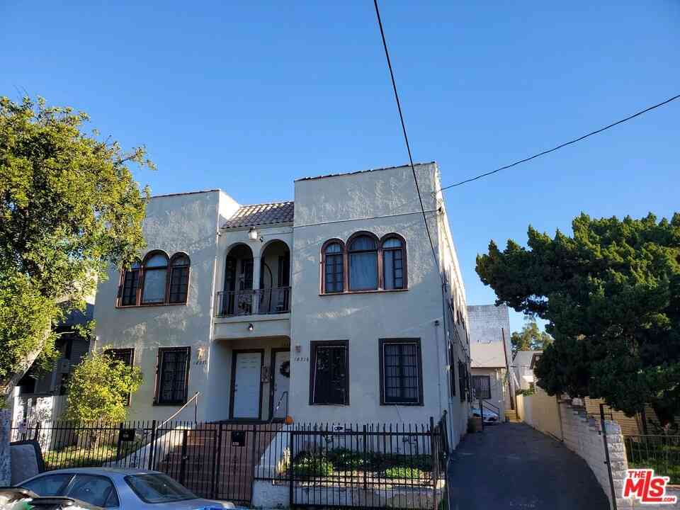 1831 W 11Th Place, Los Angeles, CA, 90006,