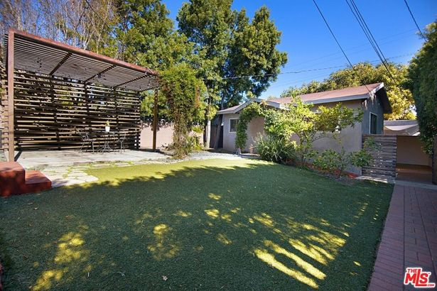 3749 Griffith View Drive