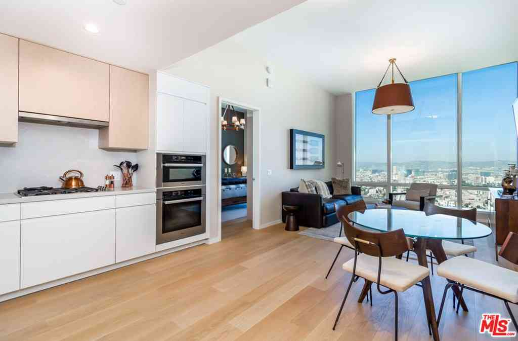 877 Francisco St #4201, Los Angeles, CA, 90017,