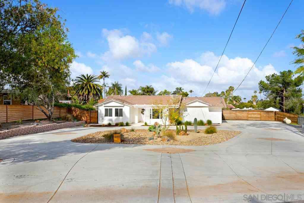 688 Barsby St, Vista, CA, 92084,