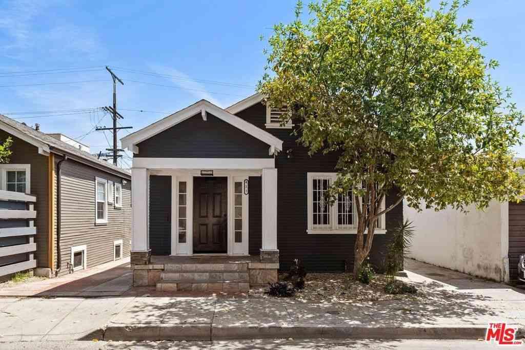 422 S Benton Way, Los Angeles, CA, 90057,