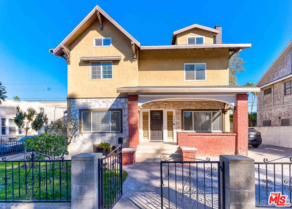 1624 Cimarron Street, Los Angeles, CA, 90019,
