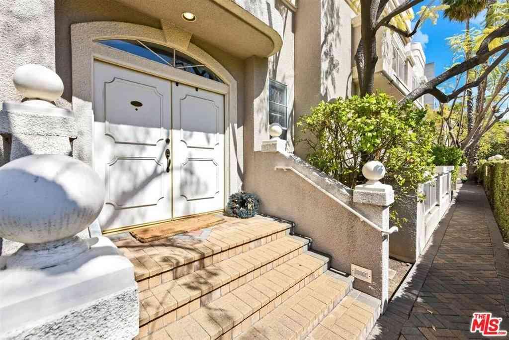 4630 Woodley Avenue #108, Encino, CA, 91436,