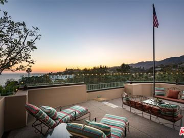 17083 BOLLINGER Drive, Pacific Palisades, CA, 90272,