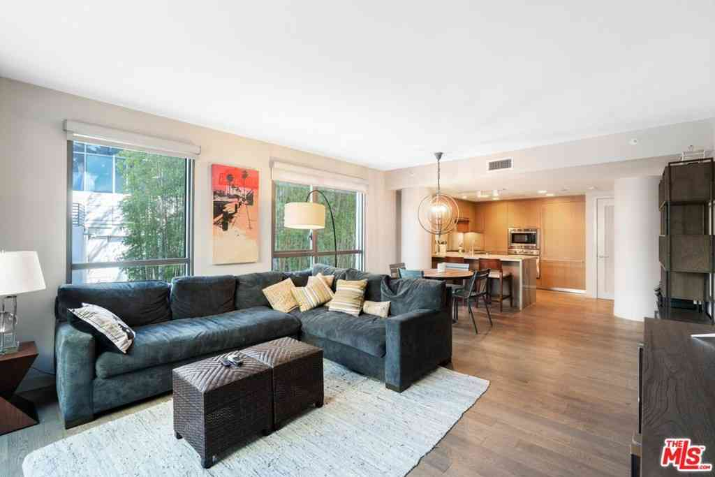 1755 Ocean Avenue #101, Santa Monica, CA, 90401,
