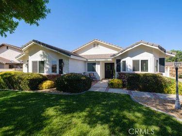 13102 Clipper Drive, Victorville, CA, 92395,